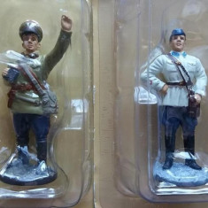 C.Set 2 soldati ARMATA ROSIE