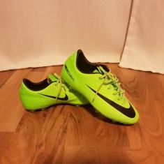 Ghete fotbal Nike Mercurial, 36