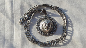 MEDALION argint INDIAN NAVAJO splendid AMERINDIAN rar VECHI pe Lant argint