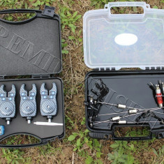 Set 4 Avertizori Senzori Baracuda TLI010 + 4 Swingeri Iluminare  2 x  Valigeta, Swingere