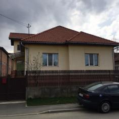 Casa cocheta de vanzare