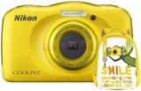 Aparat Foto Digital NIKON Coolpix W100, 13.2MP, Zoom Optic 3x, Wi-Fi (Galben) + Rucsac