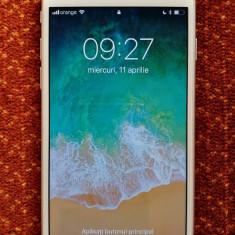 IPhone 7 32 GB Argintiu, Neverlocked, stare foarte bună - Telefon iPhone Apple
