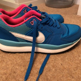 Adidasi Nike pentru femei, marime 36.5/37