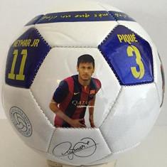MINGE DE FOTBAL CU FC BARCELONA SI SEMNATURILE FOTBALISTILOR MESSI, NEYMAR, ETC.. - Minge fotbal, Personalizat, Marime: 5, Gazon