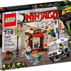 LEGO® Ninjago Urmarirea din orasul NINJAGO 70607