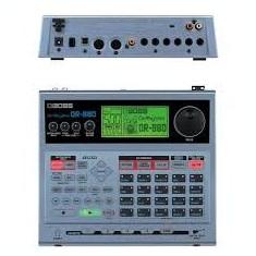 Drum machine-BOSS DR 880 Roland