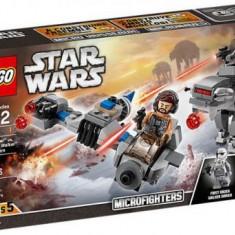 LEGO® Star Wars ™ Ski Speeder contra Walker al Ordinului Intai Microfighter 75195