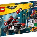 LEGO Batman Movie - Harley Quinn si atacul cu tunul 70921