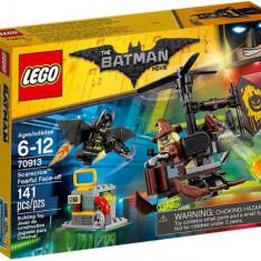LEGO® Batman Movie Confruntarea Teribilă Cu Scarecrow 70913