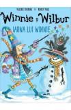 Winnie si Wilbur: Iarna lui Winnie - Valerie Thomas, Korky Paul
