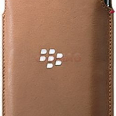 Husa Pouch BlackBerry ACC-62172-002 pentru BlackBerry Priv (Maro) - Husa Telefon
