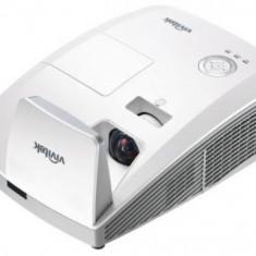 Video Proiector Vivitek D756USTi, WXGA, Ultra-Short-Throw, Interactiv, 3300 lumeni, 1920 x 1200, Contrast 10.000:1, HDMI (Alb)