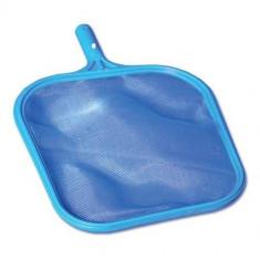 Plasa de curatat piscina.