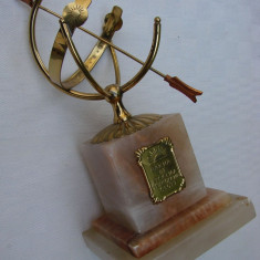 Impresionant ceas solar din alama pe soclu din marmura - Metal/Fonta, Ornamentale