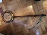 Tigaie veche,spaniola,pentru prajit cafea,maner din lemn