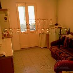 Casa de Cultura, Trocadero, apartament 2 camere, vanzari - Apartament de vanzare, 55 mp, Numar camere: 2, An constructie: 1988, Etajul 4