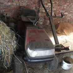 Masina/ atv pentru tuns iarba - Gazon natural