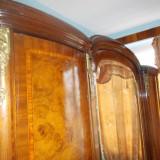 Mobila veche dormitor lemn masiv