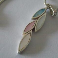 Lantisor si pandant argint cu sidef multicolor -4160