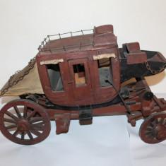 Macheta, caleasca, trasura din lemn