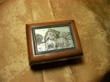 Cutiuta caseta bijuterii laminaj argint catel terrier colectie vintage