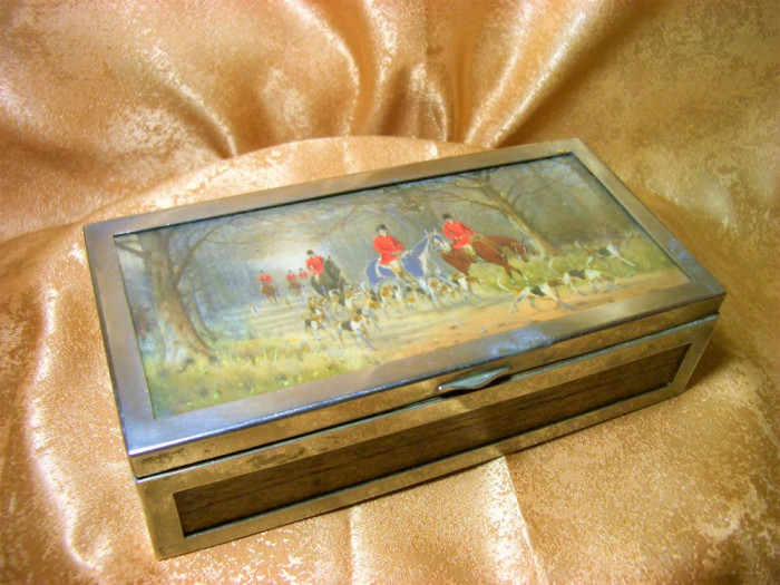 Cutie caseta humidor Art Deco trabucuri, tigari, placata argint, mahon