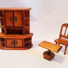 Set mobilier papusi, dulap, scaun, masa, lemn (12, 5cm, 8, 5cm, 4cm), Maro