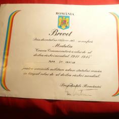 Brevet la Medalia Crucea Comem. II-lea Razboi Mondial ,semnat E.Constantinescu