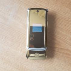 Telefon Dame flip Motorola K1 Gold Liber de retea. Livrare gratuita! - Telefon Motorola, Auriu, <1GB, Neblocat, Fara procesor, Nu se aplica