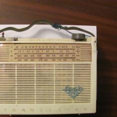 "GE - Radio tranzistor vechi ""SPATZ Baby 6102TR""anii '60 Germania RARITATE, Analog, 0-40 W"