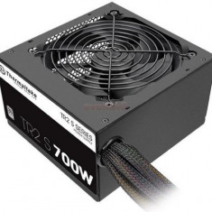 Sursa Thermaltake TR2 S 700W - Sursa PC