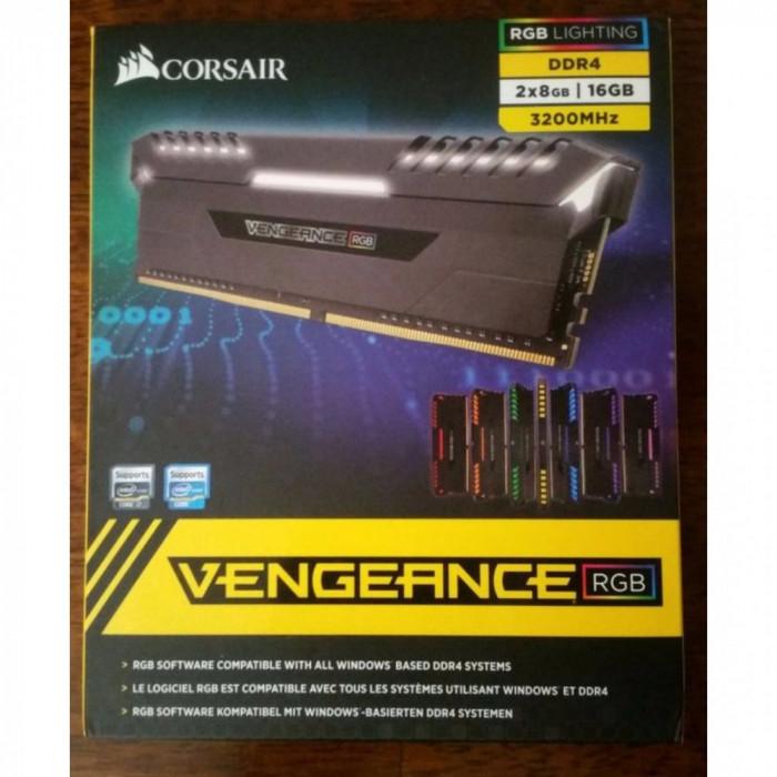 Corsair Vengeance RGB DDR4 16GB 3200MHz foto mare