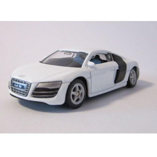 Audi R8 1:60 foto mare