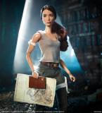 Papusa Barbie Tomb Raider Lara Croft