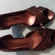 Pantofi dama negri, cu talpa ortopedica, cu decupare pe interior - Papuci dama, Culoare: Negru, Marime: 38
