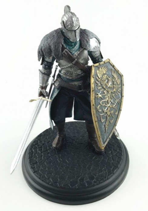 Figurina Faraam God of War Dark Souls 19 cm foto mare
