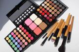 Trusa make up 78 fard + Set pensule machiaj