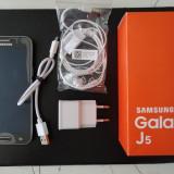 Telefon Samsung Galaxy J5 , 8 GB , model SM-J500F/DS