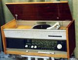 Radio VEF cu pick-up (1965) - de colecţie