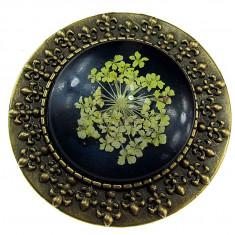 Brosa bronz antic cu flori uscate albastru