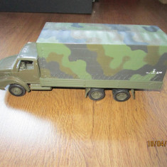 Camion mare de armata Macheta jucarie 28cm Produs second-hand