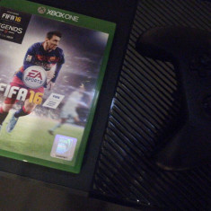 Xbox One Microsoft(normala) 1 Tb +joc fifa 16 +controler