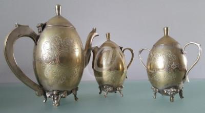 Set 3 piese servit ceaiul: ceainic, zaharnita, letiera foto