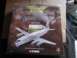 Macheta avion VICKERS VISCOUNT CONTINENTAL AIRLINES - CORGI  scara 1:144