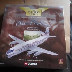 Macheta avion VICKERS VISCOUNT CONTINENTAL AIRLINES - CORGI  scara 1:144