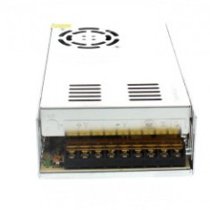 Sursa in comutatie AC-DC 300W 12V 25.0A WELL; Cod EAN: 5948636024432