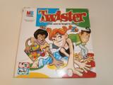 Jocul Twister, MB Games, pentru 6 ani plus, stare buna!