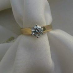 Inel deosebit aur James Allen, 18 k cu diamant-taietura Briliant 0.82 k
