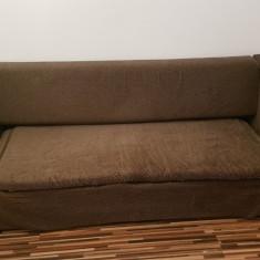 Canapea de vânzare